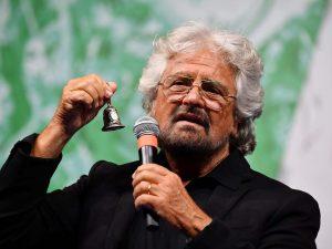 """Il deputato Dell'Osso lascia M5S, Grillo ironizza: """"Pago più"""