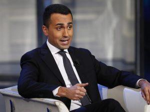 """Luigi Di Maio: """"Pronta delibera Camera per tagliare i vitali"""
