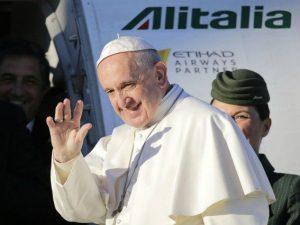 Papa Francesco invia 100mila euro alle vittime del Vulcano d