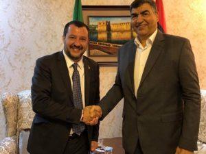 Migranti, Matteo Salvini vuole gli hotspot in Libia ma il go