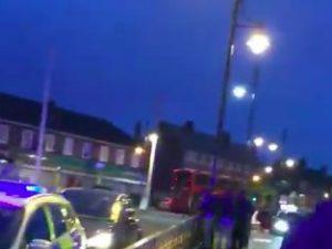 Londra violenta, 15enne ucciso a coltellate dal branco. Mort