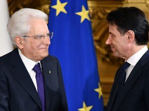 """Legge di bilancio, la lettera di Mattarella a Conte: """"Dialogate con UE"""""""