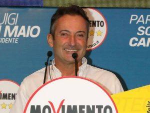 """Il velista Andrea Mura (M5S): """"Le assenze alla Camera? La politica si può fare in barca"""""""