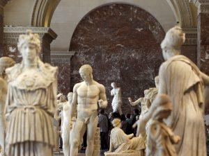 """Louvre, saranno gli """"Schiavi"""" in marmo di Michelangelo le pr"""