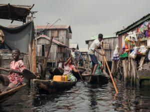 La Nigeria diventa il paese con più poveri del mondo (nonost