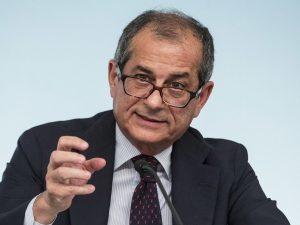 """Il ministro dell'Economia Tria: """"Bisogna andare oltre la Fla"""