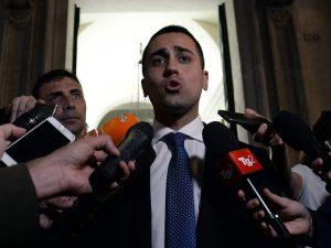 """Decreto dignità, Di Maio contro il Pd: """"Vogliono eliminare l"""