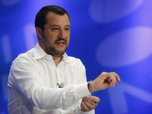 """La proposta di Salvini: """"Creiamo in Italia una zona in cui i"""