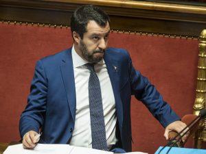 """Crollo ponte Genova, Matteo Salvini: """"Nessun fondo dallo Sta"""