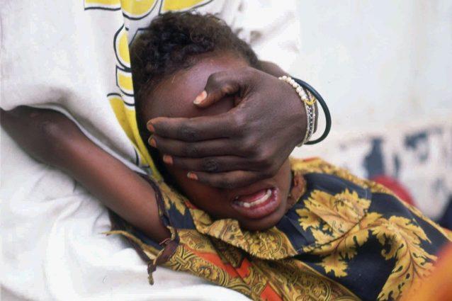 Orrore in Somalia, bimba di 10 anni muore dopo ablazione del