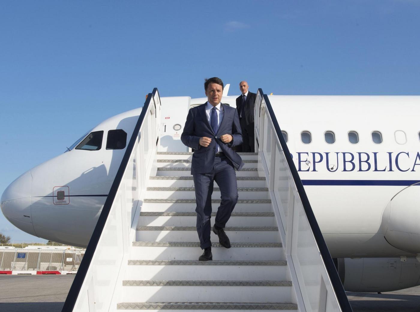 Tutta La Storia Dell Air Force Renzi Chi L Ha Prato Quanto