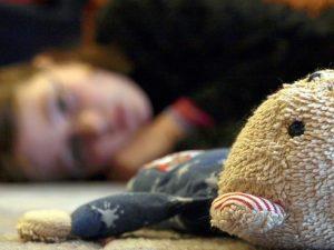 """Bologna, nonno orco abusa della nipotina di 6 anni: """"Era lei"""