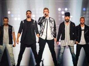 Usa, cede un tendone al concerto dei Backstreet Boys: 14 fer