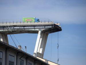 """Ponte Morandi, le ammissioni dei tecnici: """"I controlli erano più formali che sostanziali"""""""