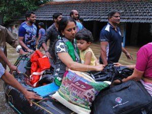 India, inondazioni nel Kerala: 114 morti e oltre 150mila sfo