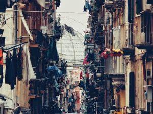 """""""Perdere Filippo e o' panaro"""": perché a Napoli si dice così?"""