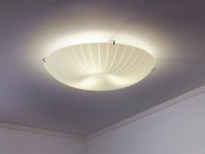 Lampadario Ufficio Ikea : Ikea ritira dal mercato la lampada da soffitto calypso c è il