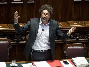 """La retromarcia di Toninelli: """"Il Terzo Valico si farà, annul"""