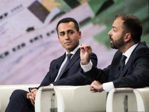 Fioramonti ripropone tassa di 1 euro per i voli per finanzia
