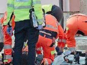 Asti: bimbo di tre anni travolto e ucciso nel cortile dall'auto del papà in manovra