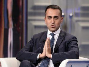 """Luigi Di Maio: """"A Salvini consiglio di stare lontano da Berl"""