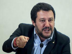 """Salvini: """"Con il decreto Sicurezza, i migranti non potranno"""