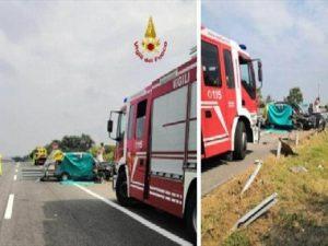 Tragico incidente sulla A14: escono fuori strada col furgone