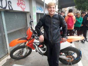 Bari, schianto auto scooter: muore 17enne, ferita una coetan