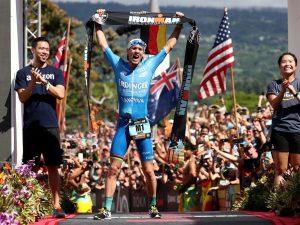 """Patrick Lange, l'atleta vegetariano che ha vinto l'Ironman: """"Merito di frullati e barrette"""""""