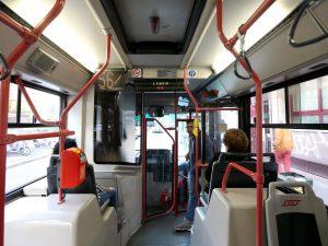 Bologna |  sale su un autobus e molesta una studentessa |  40enne in manette