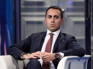 """Di Maio risponde all'Ue: """"Non accettiamo ultimatum, Commissi"""