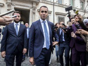 """Manovra bocciata, Di Maio: """"Non arriveranno le cavallette, t"""