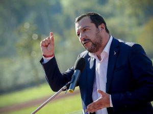 """Salvini replica all'Ue: """"La legge di bilancio non si tocca,"""