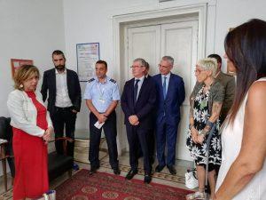 Il Ministro Grillo durante l'incontro con il Comitato pazienti cannabis medica