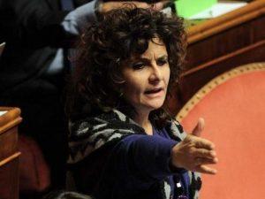"Dl Genova, Nugnes (M5S) pubblica i bonifici: ""Ho sempre rest"