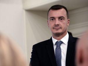 """Rocco Casalino positivo al Coronavirus: """"Sintomi lievi, a lavoro fino a martedì"""""""