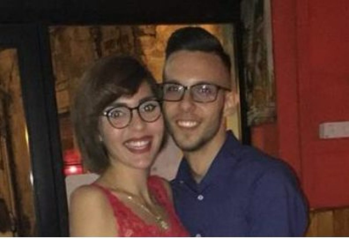 Geova testimone Dating gratis compilando esempio di profilo di dating