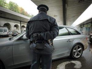 Appalti truccati e materiali scadenti per strade e ponti: pe