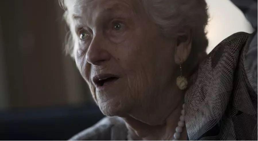 Judith Meisel, la sopravvissuta al lager di Stutthof che ha riconosciuto il criminale nazista (Jerry Holt/Star Tribune)