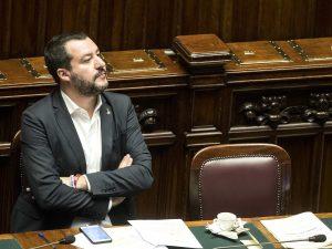 """Manovra, Salvini: """"Nessun passo indietro, Ue non può chiedermi di confermare la legge Fornero"""""""