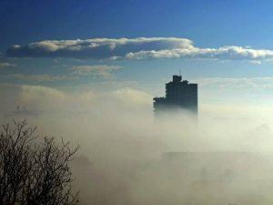 Meteo, bel tempo fino al weekend con nebbie fitte e livelli