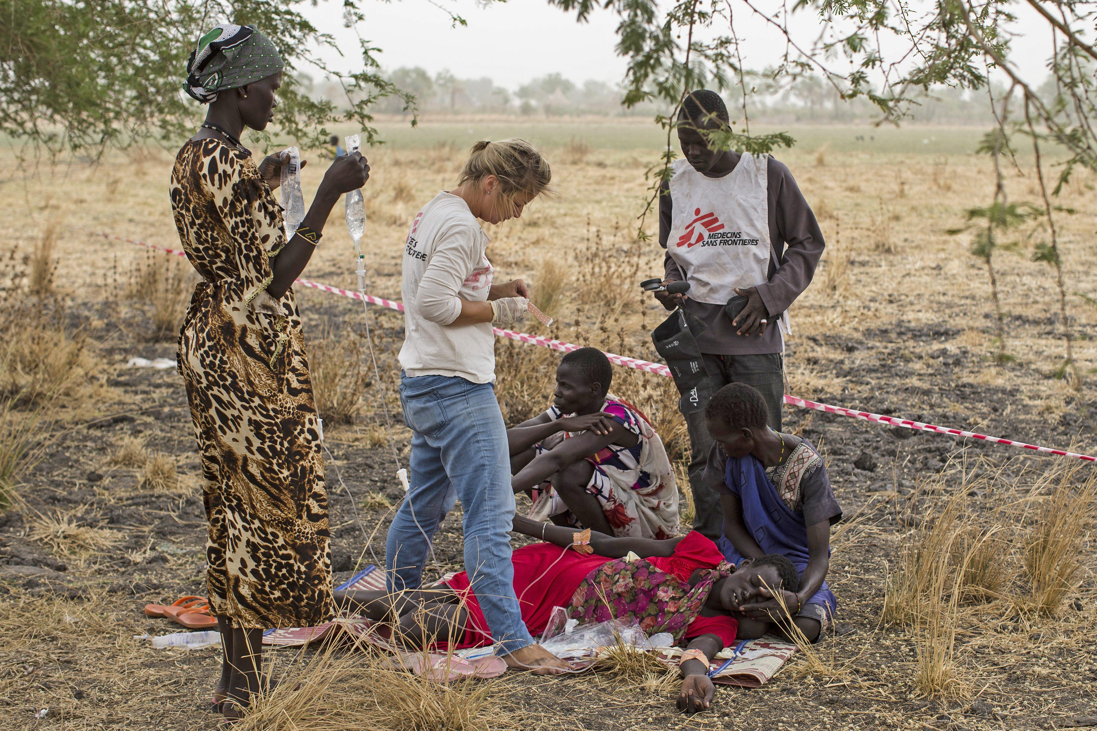 Gli operatori umanitari di Medici senza Frontiere al lavoro in Sud Sudan (Msf)
