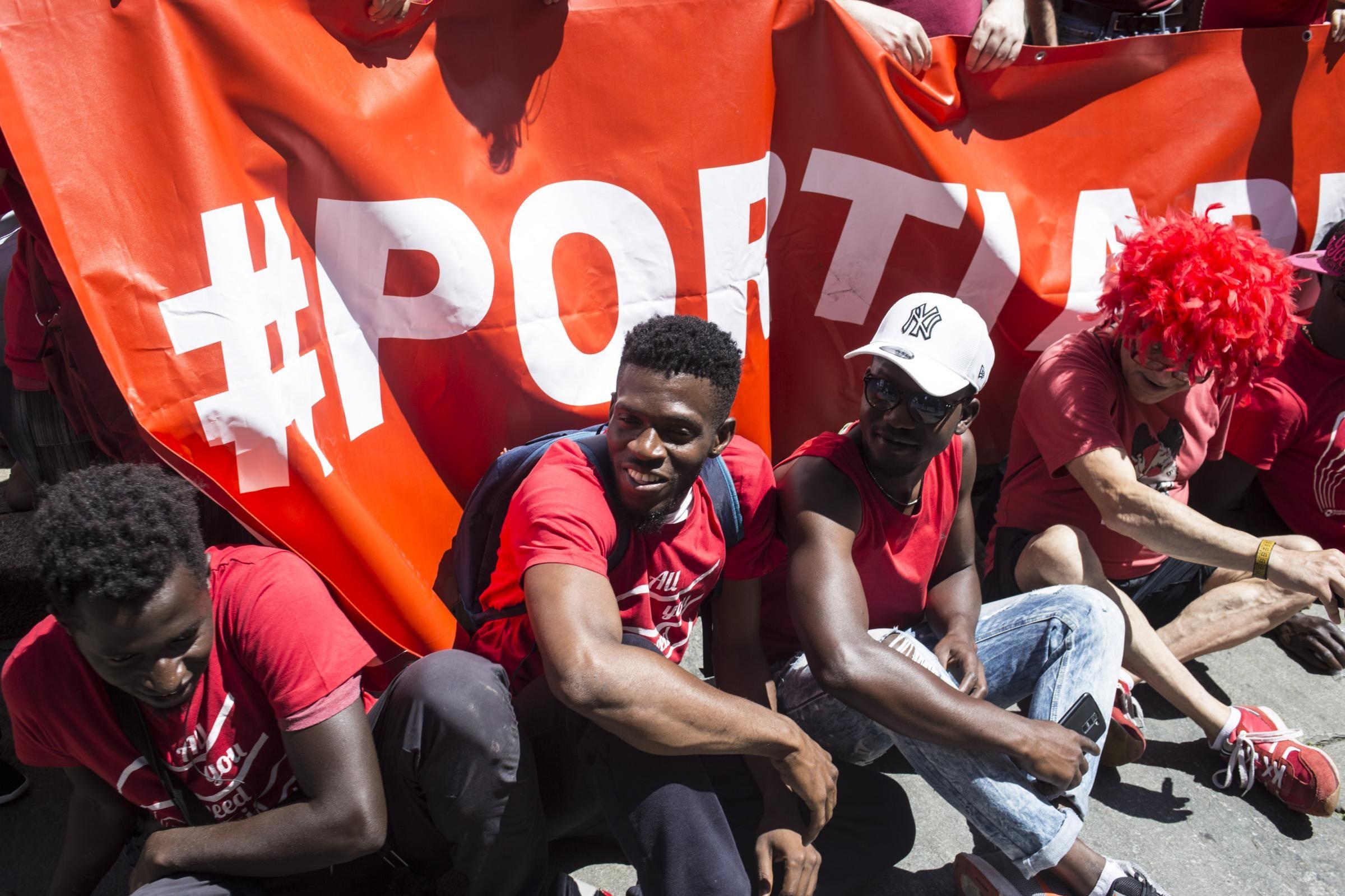 Migranti 150 famiglie di italiani contro i 39 porti chiusi for Ospitare in casa