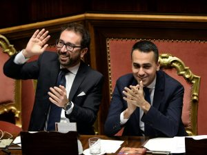 """Il Ddl """"Spazzacorrotti"""" è legge: la Camera approva in via de"""