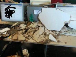 Operatrice di call center ferita dai calcinacci caduti in te