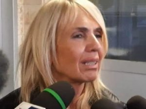 """Corinaldo, la gioia di mamma Daniela: """"Mia figlia si è risve"""
