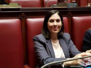 Mara Lapia, deputata del Movimento 5 Stelle, aggredita in un