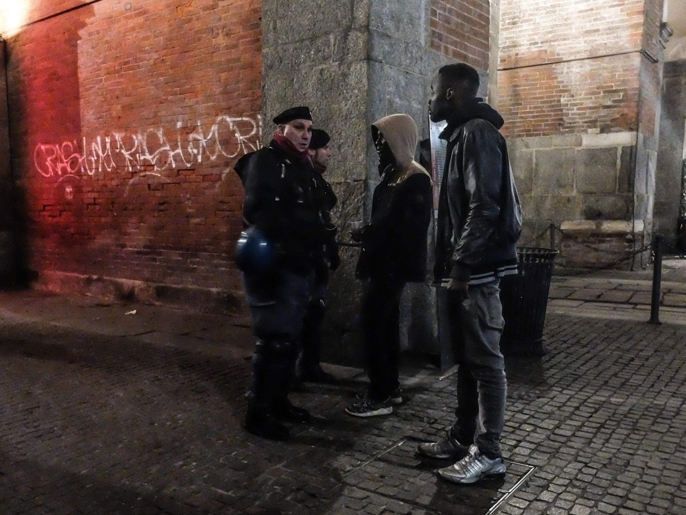 Censis, gli italiani incattiviti e più impoveriti se la prendono con gli stranieri