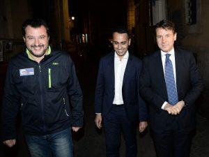 """Manovra, il governo: """"Ci sono le coperture"""". Salvini: """"Nessu"""