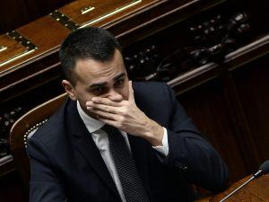 Sondaggi elettorali, alle europee crollo del M5s: è sotto il